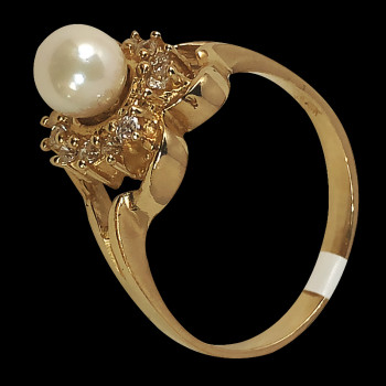 14k gold Fancy Ring with Pearl